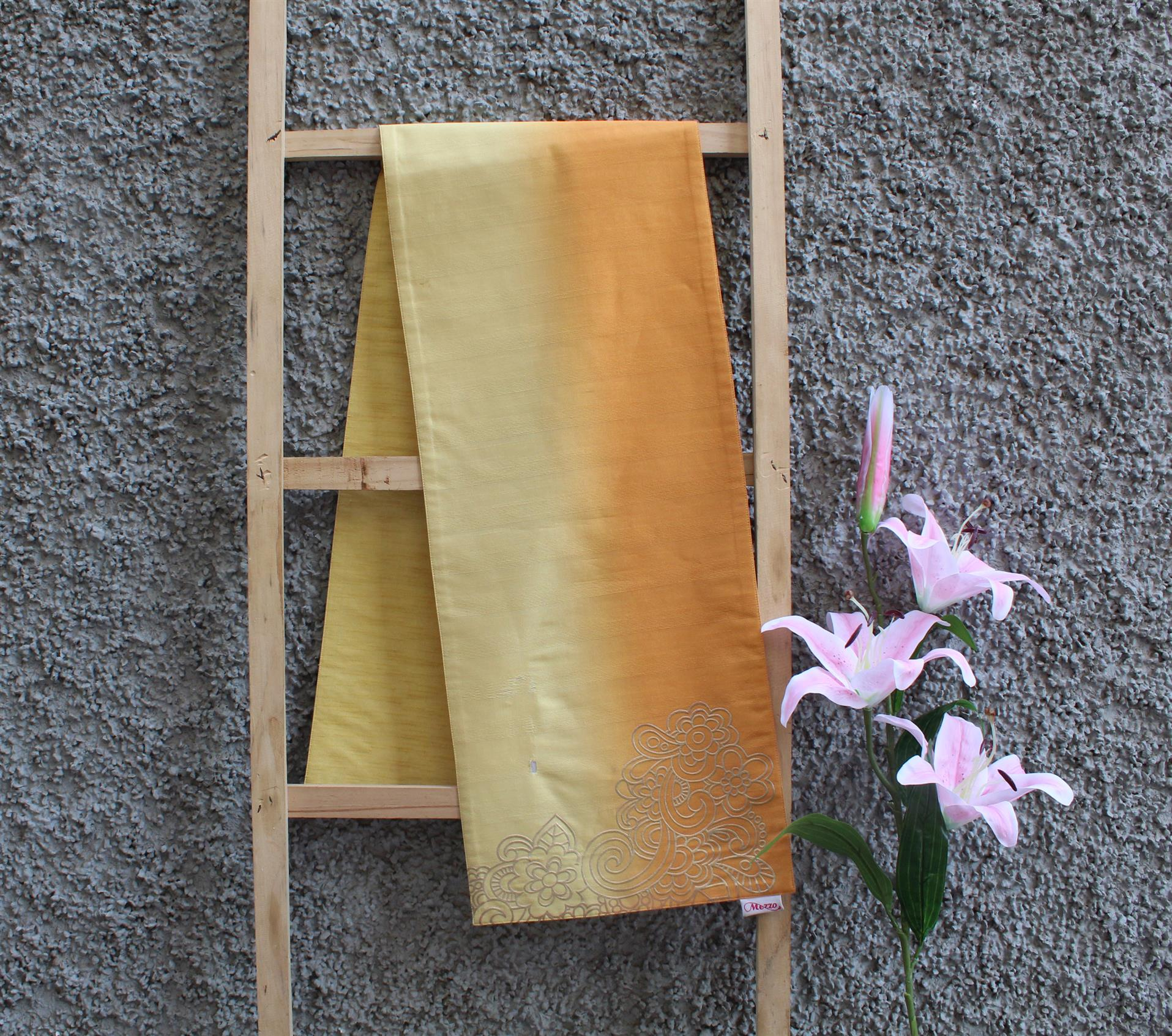 YELLOW OMBRE RUNNER