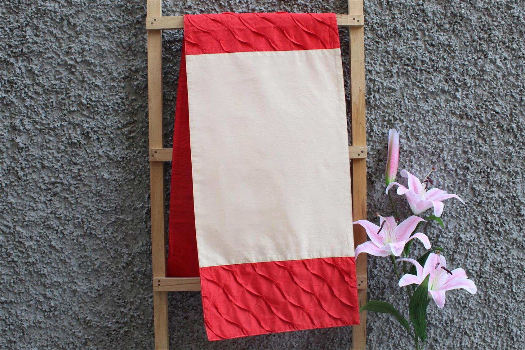Cream-Red Pleated Runner